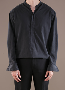 Notch neck stand collar shirt   - 2 color